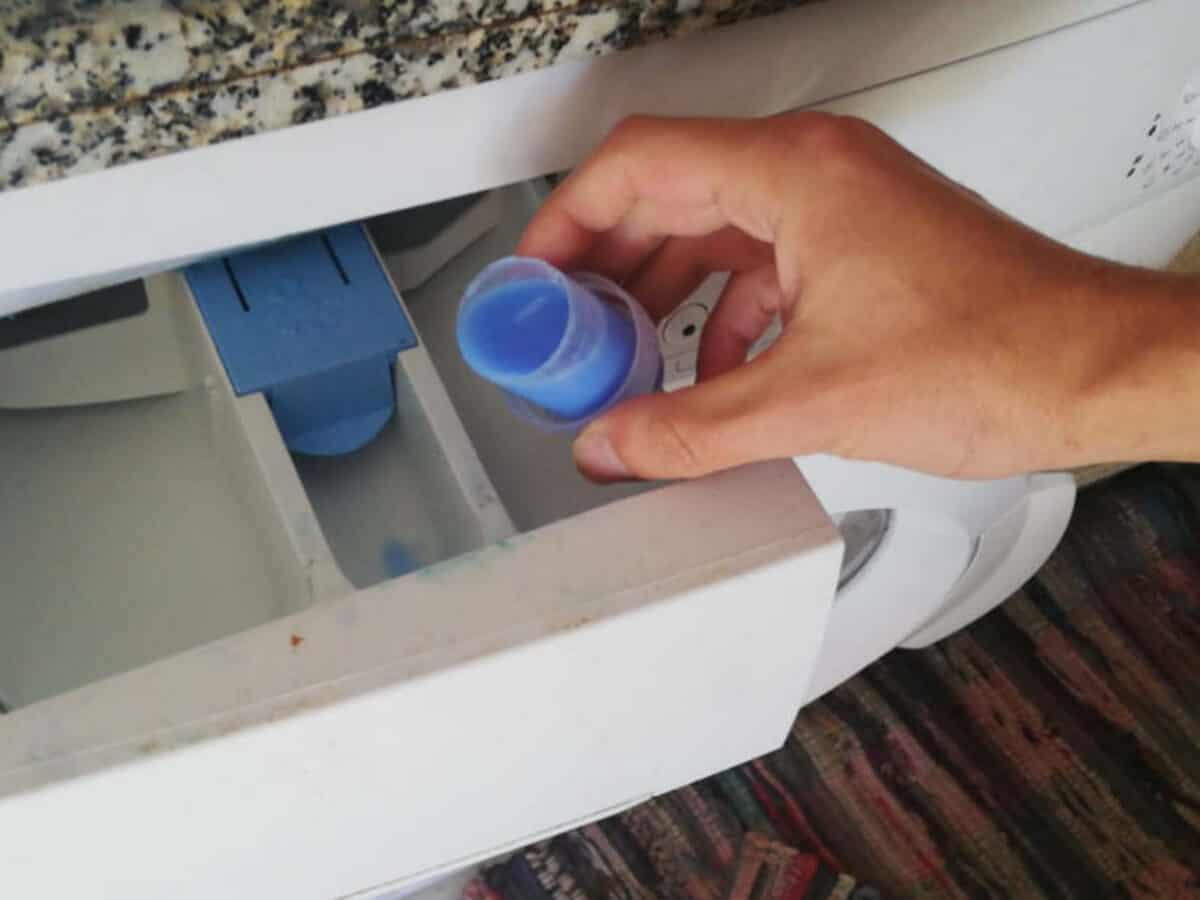 Dove Mettere Il Detersivo L Ammorbidente E La Candeggina In Lavatrice