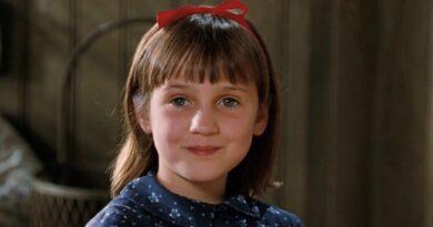 "Ricordate la piccola attrice di ""Matilda 6 mitica""? Mara Wilson ormai è cresciuta ed è una bella donna. Foto"