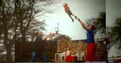 Questo account raccoglie le foto di famiglia più strane (e comiche) mai viste