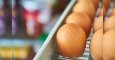 Ecco perché NON dovresti tenere le uova nella porta del frigorifero